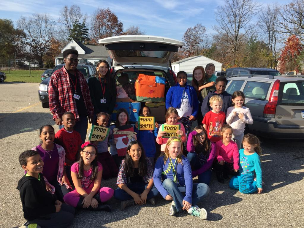 Thankful Hearts Food Drive '16